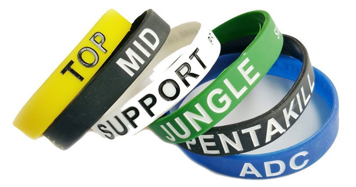 6 role wristbands