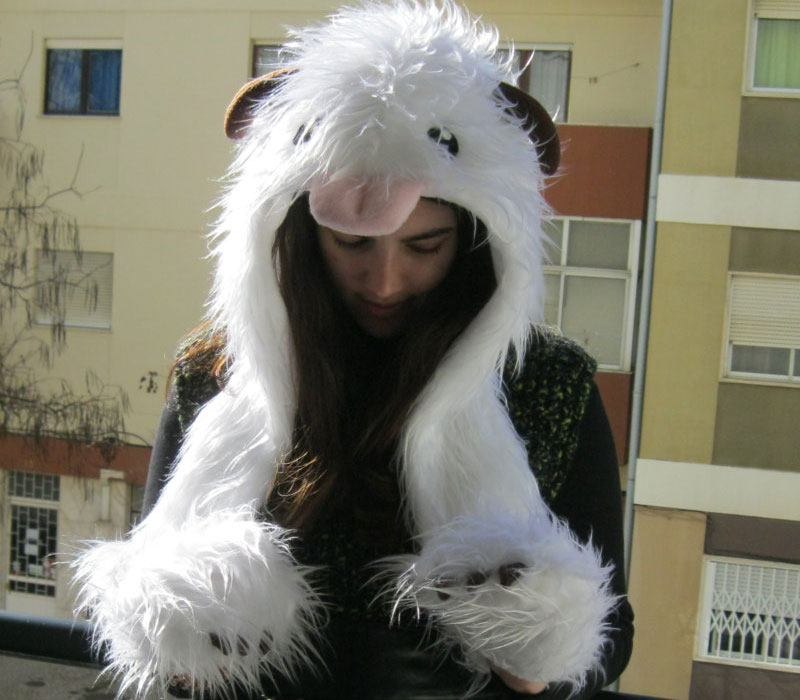 poro cosplay with hat and gloves